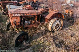Tractor Cemetry 1 van 1 14