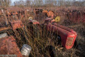 Tractor Cemetry 1 van 1 15