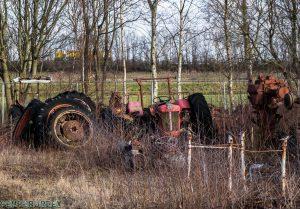 Tractor Cemetry 1 van 1 2