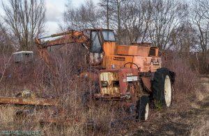 Tractor Cemetry 1 van 1 8