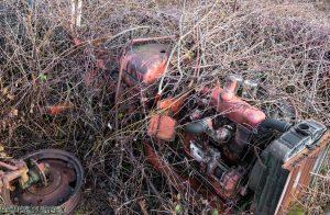 Tractor Cemetry 1 van 1 9